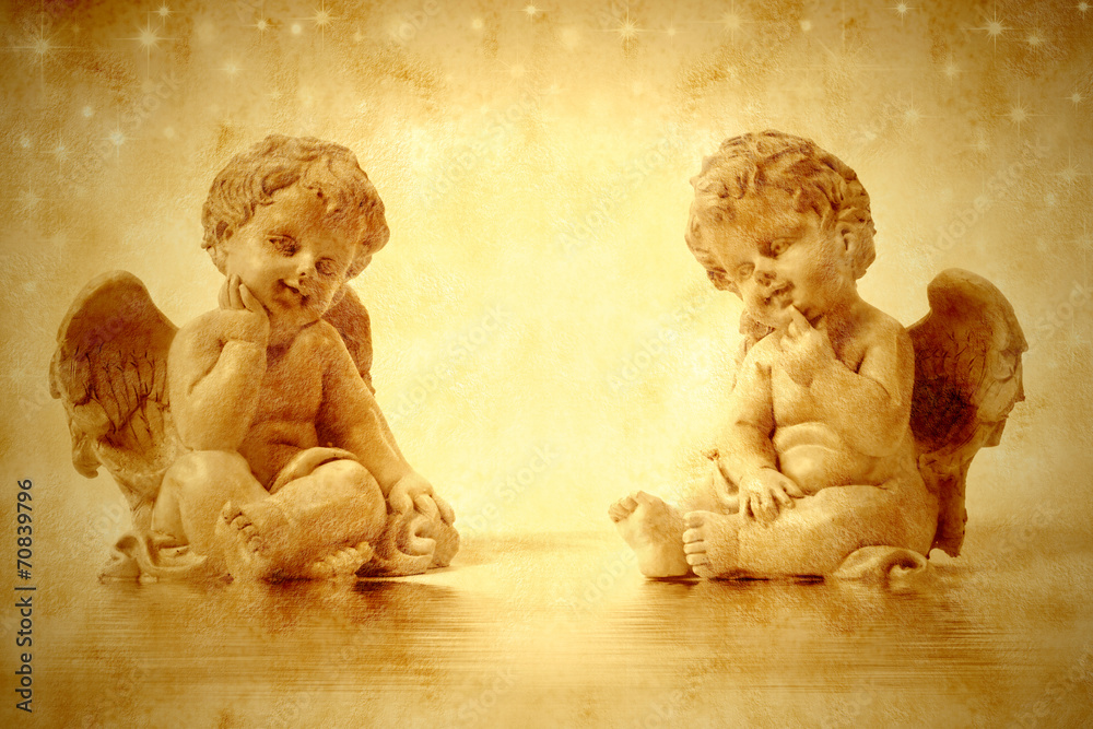 Obraz Tryptyk Two cute angels sitting